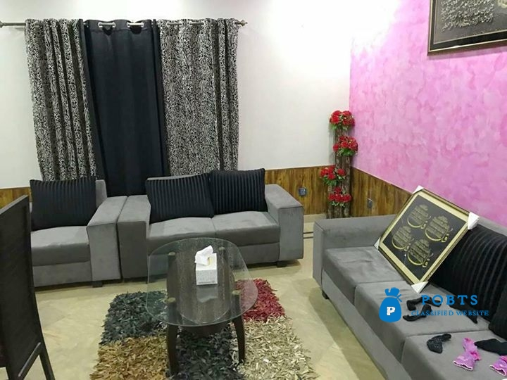 10 Marla Owner Made house For Sale in The price of 5 Marla Bahria Town Lahore
