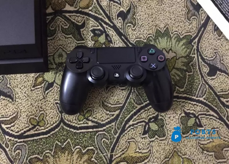 Ps4 latest 1200 Series 10/10 Condition