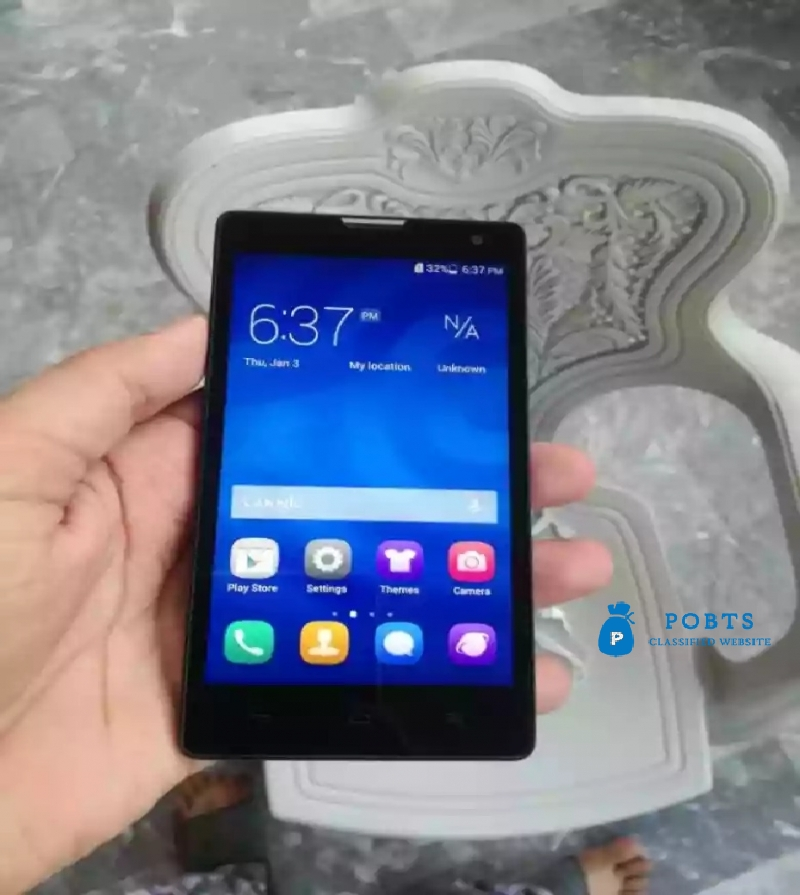 Huawei honor 3C, 4G model, 2GB RAM, 3day battery time.