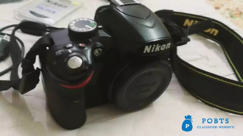 Nikon D3200 with Box all accessories.