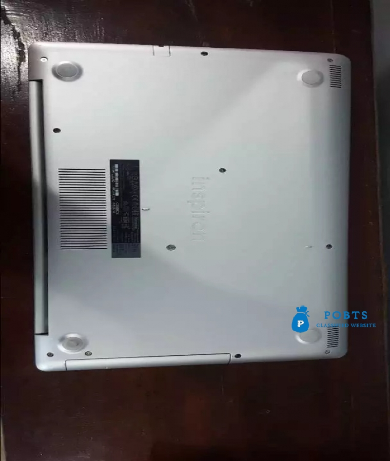 Dell laptop for Sale excellent condition with box