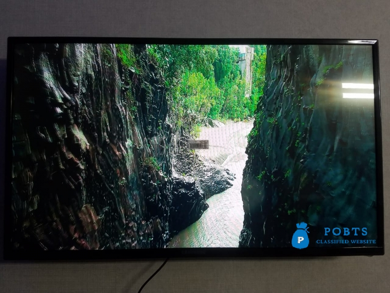Amazing 43 Inch Smart LED TV in Lahore