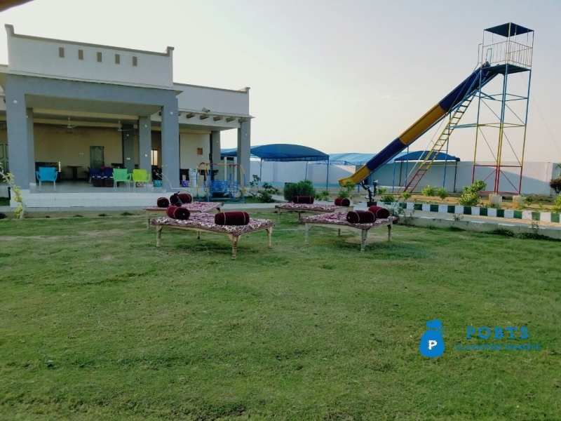 FARM HOUSES PLOTS on installments in a Gated Boundary Wall Projects