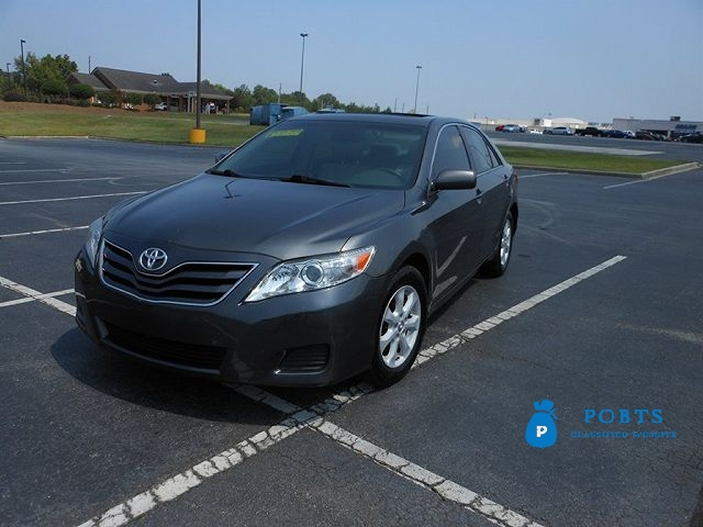 2010 Toyota Camry LE Still in excellent condition