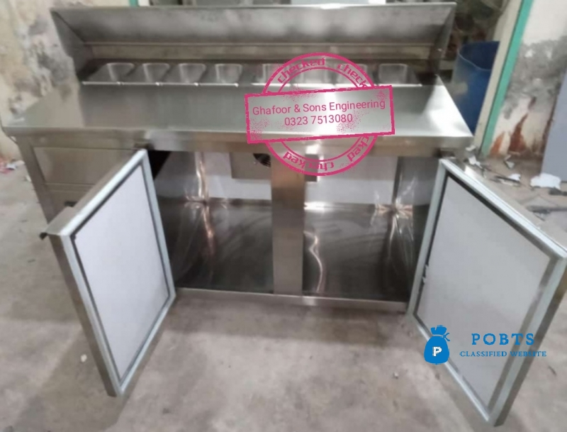 Prep table With Under counter Chiller
