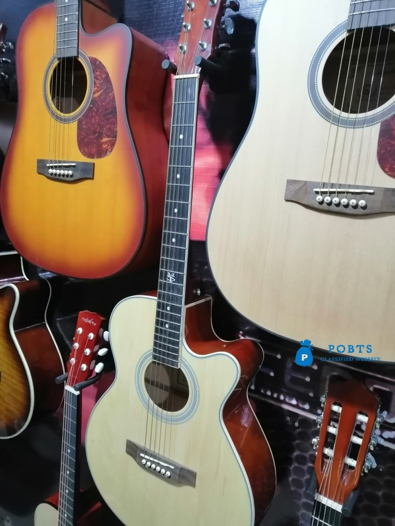 Octave Guitar Shop in Islamabad