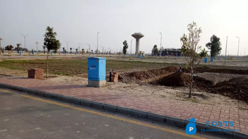 Plot in Bahria Orchard phase IV  Lahore