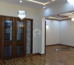 Bahria Town Architectural designed 24 Marla Corner with movie theater Dream house for