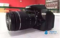 NIKON D5300 DSLR CAMERA WITH COMPLETE BOX MADE IN JAPAN