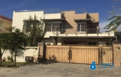 E11 1kenal house for rent
