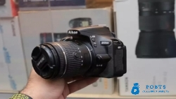 Nikon D5500 with 18-55 Vr lens going Cheap